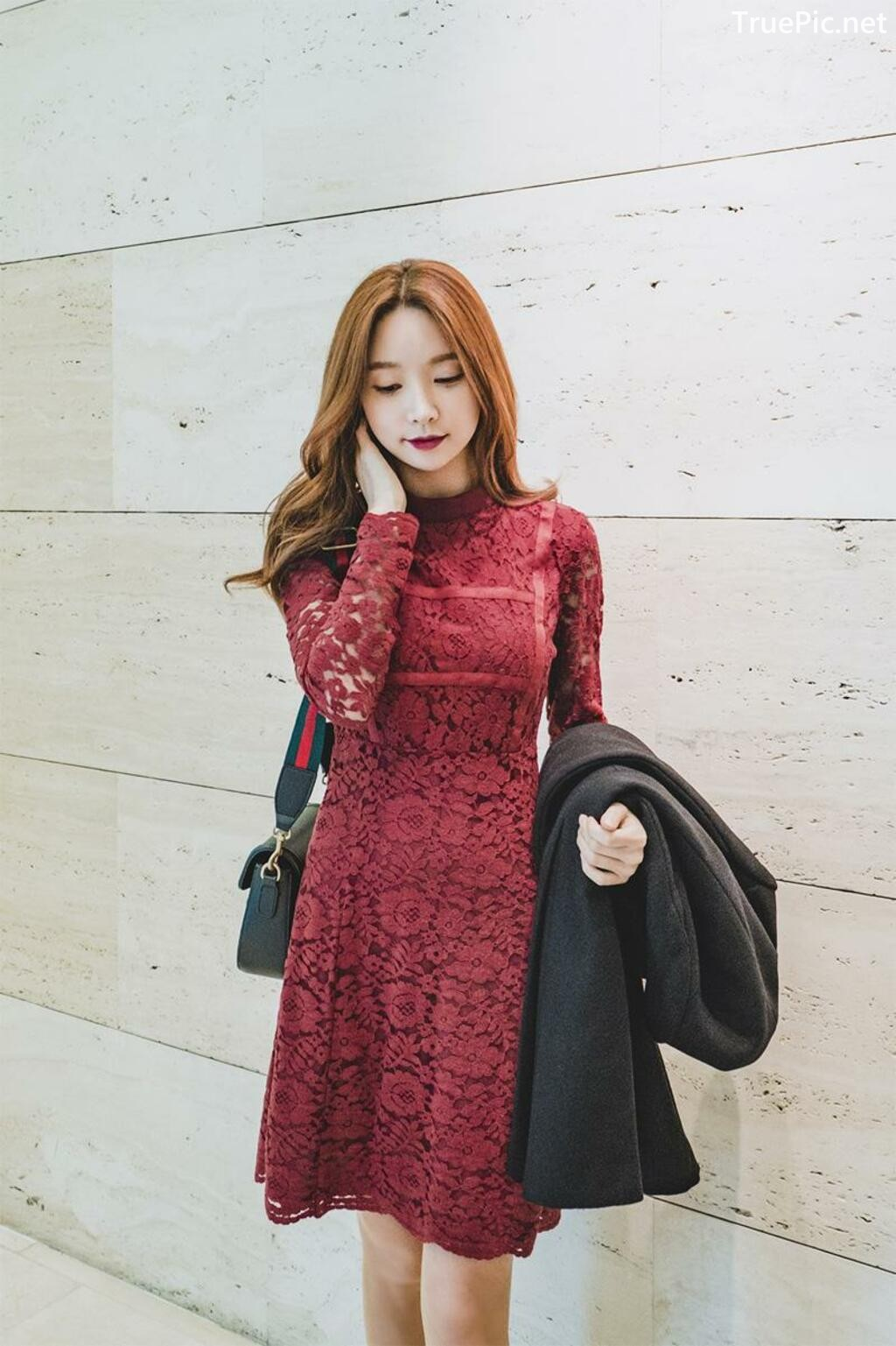 Image-Korean-Fashion-Model-Park-Soo-Yeon-Beautiful-Winter-Dress-Collection-TruePic.net- Picture-3
