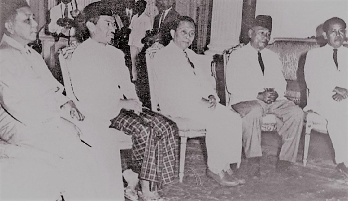 Biografi M. Yunan Nasution