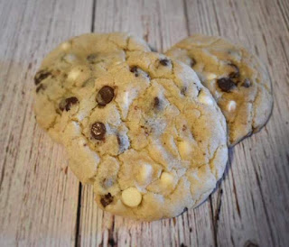 Triple chocolate chip cookies for kids
