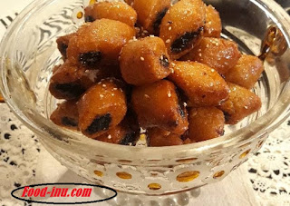 Elaawama and Elmqiret two famous Arabic recipes with their ingredients and steps of preparation methods