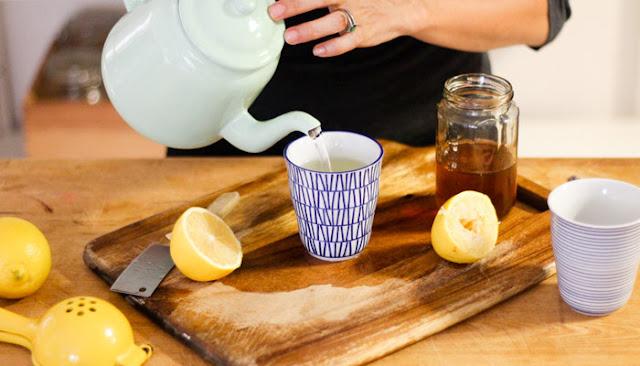 Amazing Health Benefits Of Drinking  Honey And Lemon Water