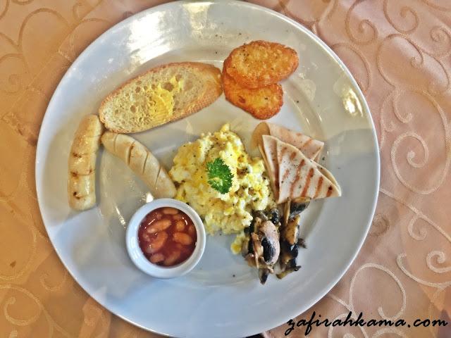 tempat makan best di penang, port makan, port lepak, english breakfast, makan apa sedap di penang, jalan rangoon, hipster cafe, pasta cafe, makan sedap, makan murah, makan berbaloi, syurga makanan, makna murah, set jimat, set berbaloi, viva la pasta