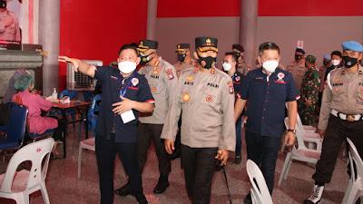 Kapolda Kepri Tinjau Langsung Pelaksanaan Program Nasi Kapau di Kota Batam