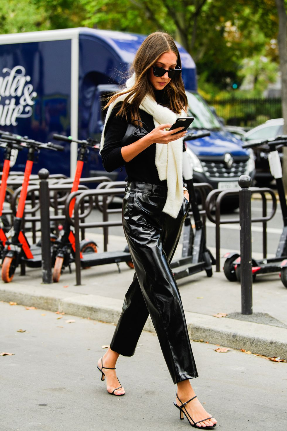 Paris Fashion Week Street Style Fall Outfit Inspiration