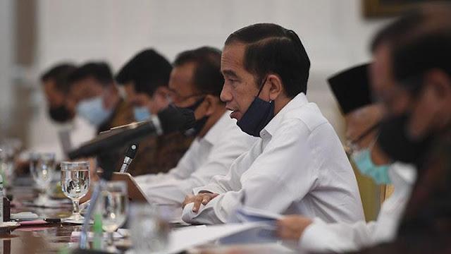 Jokowi Minta Anak Buahnya Kerja Keras: Situasi Mengerikan, Terus Terang Saya Ngeri!