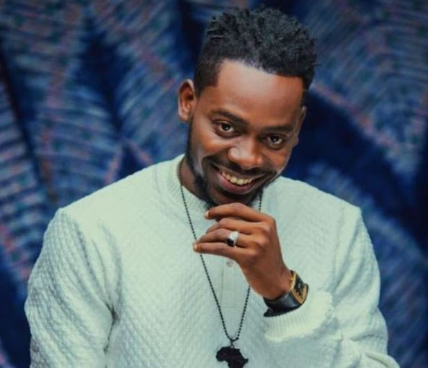 Adekunle Gold reacts to the rate at which January is winding down