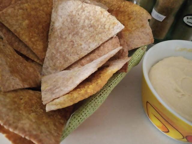 antipasto con piadina e hummus
