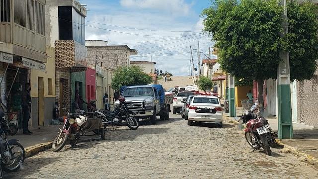 Comerciantes são presos após serem flagrados com lojas abertas no Sertão da Paraíba