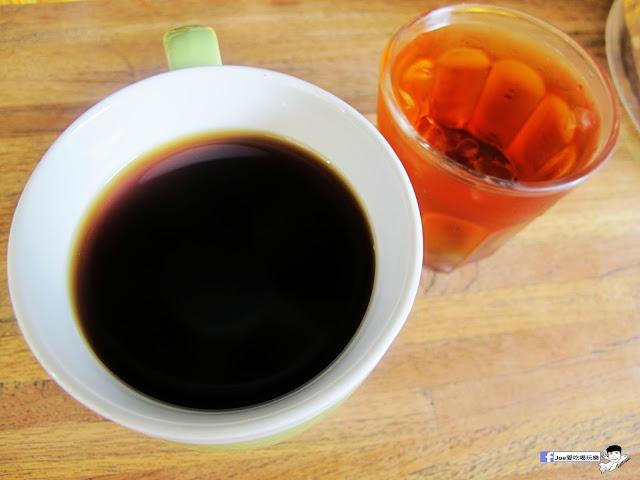 IMG 0424 - 【台中咖啡】教師新村內的轉角咖啡廳 | 前廊咖啡 | 以平價的價格帶給你美味的咖啡饗宴 | 單品咖啡 | 教師新村 | 台中美食 | 台中飲品