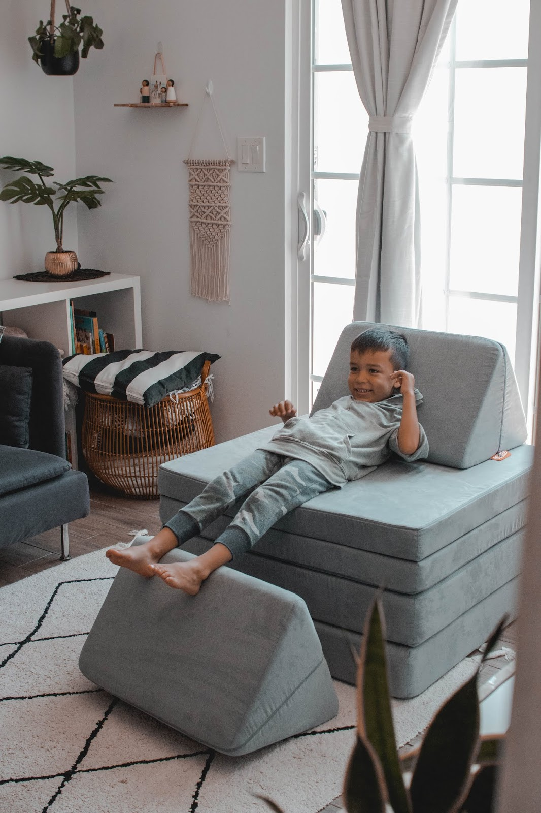 Ace's big-boy room reveal + our Nugget Comfort - Mom Jeans ...