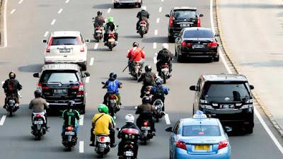WOW..! Larangan Sepeda Motor Hingga Bundaran Senayan Dibatalkan