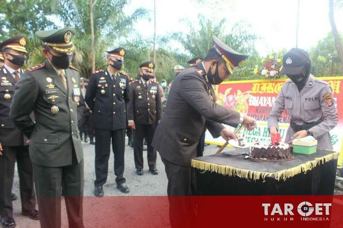 Polres PPU Diambil Alih TNI AD dari Satuan Kodim 0913/PPU Dengan Bersenjata Lengkap, Ada Apa..?