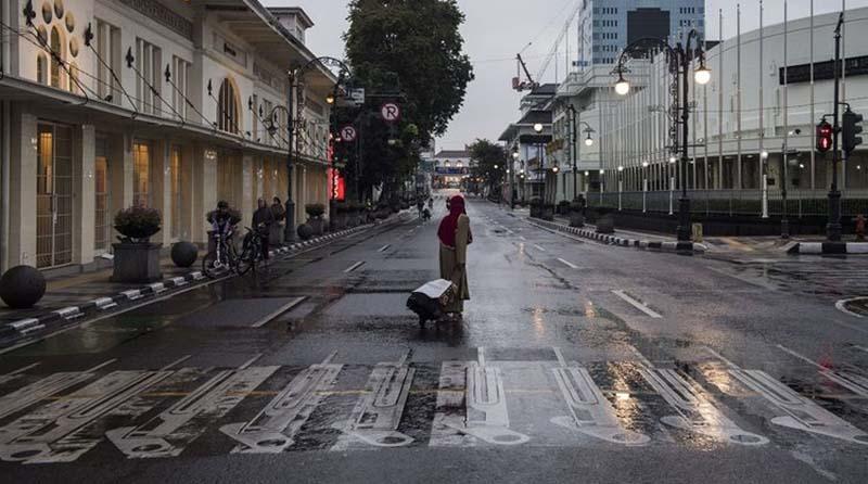 Survei PSBB Bandung: Warga Lebih Takut Kehilangan Pekerjaan