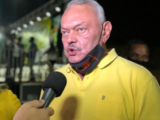 """França descarta explorar escândalo de Emanuel e já """"cola"""" em Bolsonaro"""