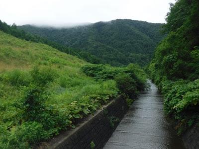 周辺の山の写真