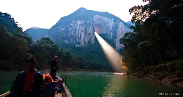 Top 10 địa điểm lạ lùng siêu ảo có thật trên trái đất