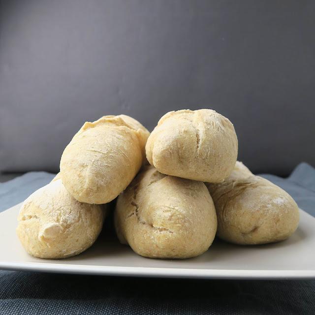 Brotstangen aus Baguettemehl und Vollkornmehl | pastasciutta.de