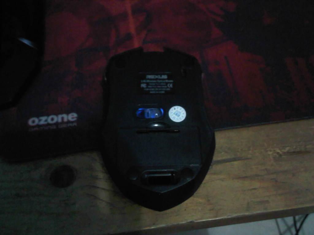 REVIEW Gaming GearRexus Avenger RX110 Equipment Gaming