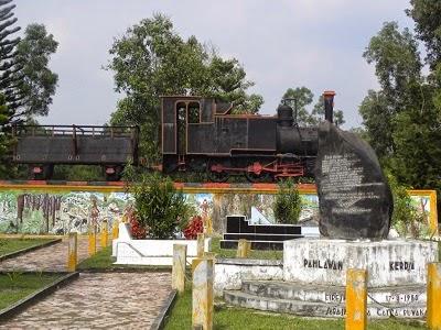 http://tvsoax.blogspot.com/2014/11/sejarah-pekanbaru-death-railway.html