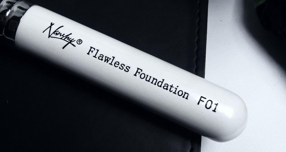 nanshy FLAWLESS FOUNDATION F01 - DO APLIKACJI PODKŁADU