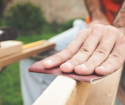 How To Remove Wood Stains From Your Hands?