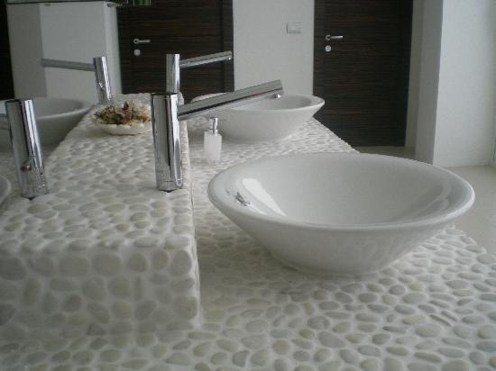 Mobile Bagno Muratura Moderno.Mobili Bagno In Muratura Moderni Bagno E Camera Da Letto Creano Un
