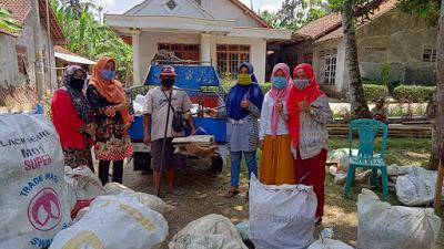 Dua Belas Desa di Kecamatan Pituruh Peringati World Clean Up Day (WCD)