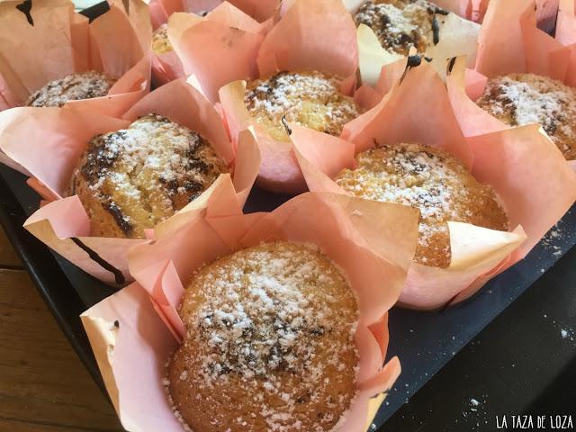 muffins-en-la-bandeja-de-hornear
