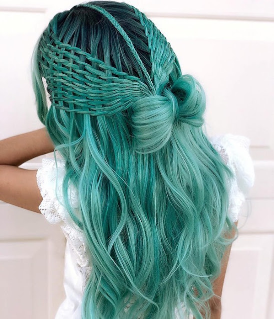 Magical Mermaid | Lake Green Long Natural Wavy Synthetic Lace Front Wig