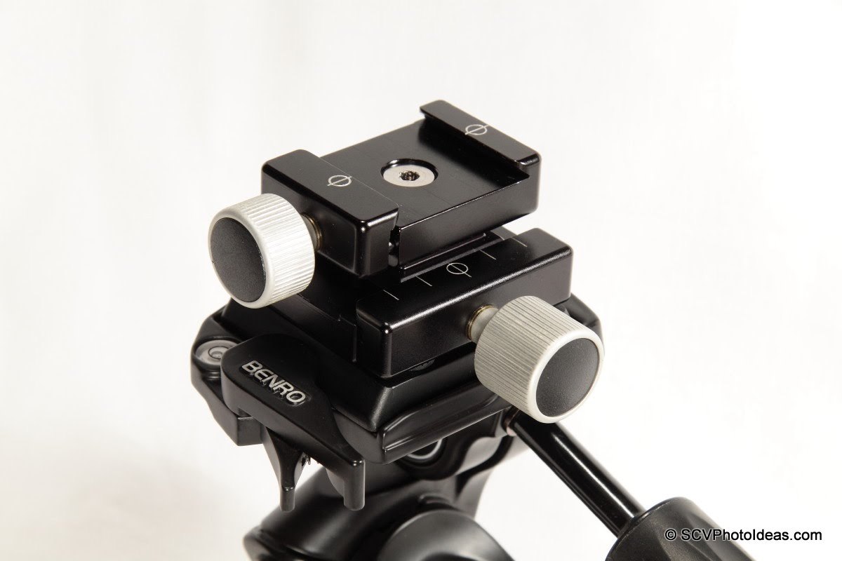 Hejnar F012 QR clamp w/ Clamp Adapter Plate on Benro HD-38 head closeup