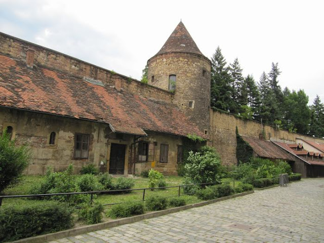 antiguas murallas que cercaban Kaptol.