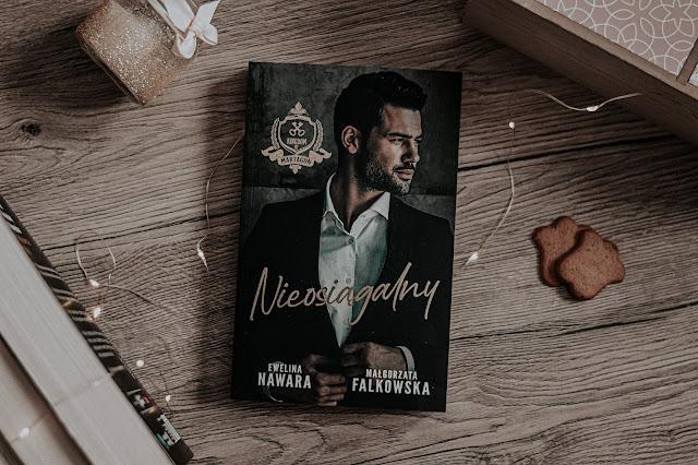 """Ewelina Nawara, Małgorzata Falkowska - ,,Nieosiągalny"""" (recenzja)"""