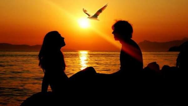 Berikut ini Kumpulan Kata Bijak dan Romantis