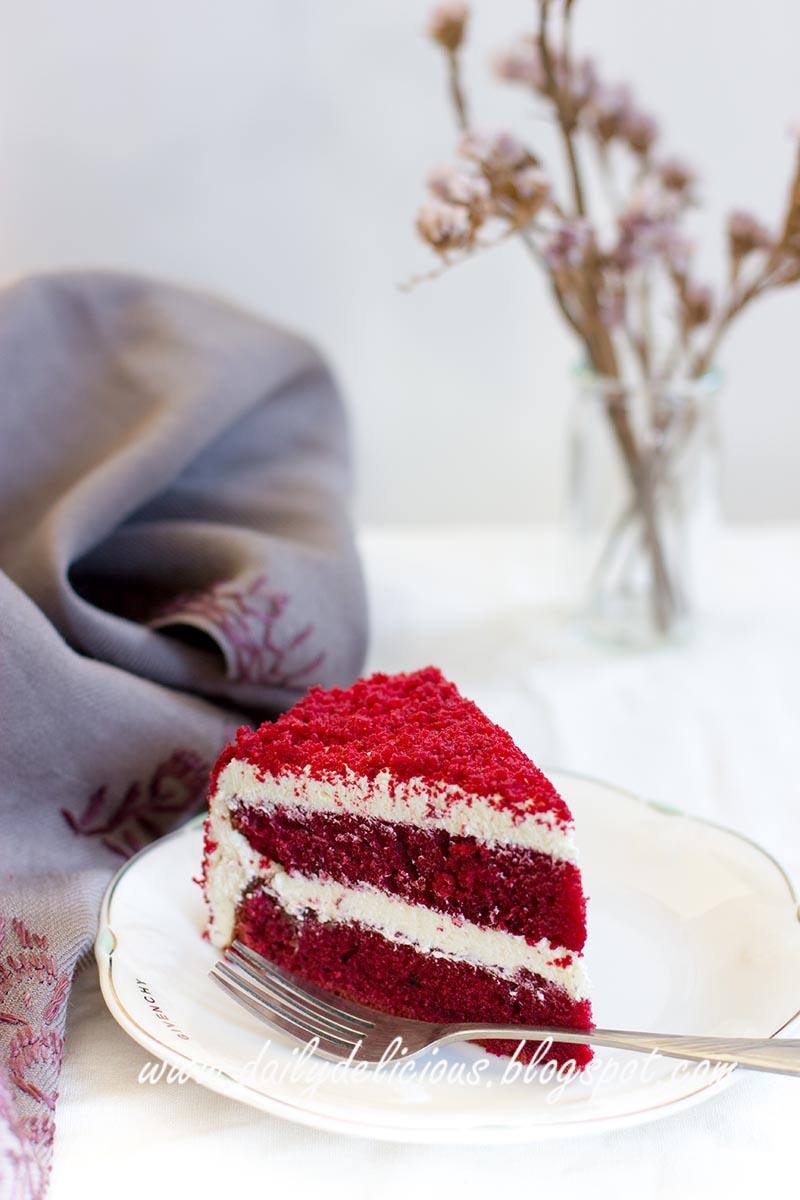 Strawberry Velvet Cake