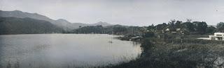 pemandangan di salah satu sudut danau toba dari wilayah parapat