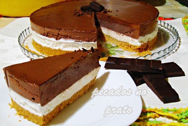 Semifrio de chocolate com natas