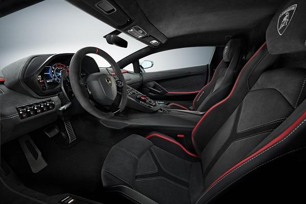 Interior Lamborghini Aventador LP 780-4 Ultimae