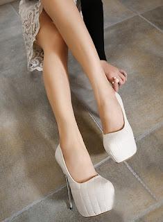 sepatu heels cantik