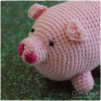 http://www.blog.oomanoot.com/this-little-piggy-crochet-amigurumi/?utm_source=directory&utm_medium=totally&utm_campaign=this-little-piggy-crochet-amigurumi