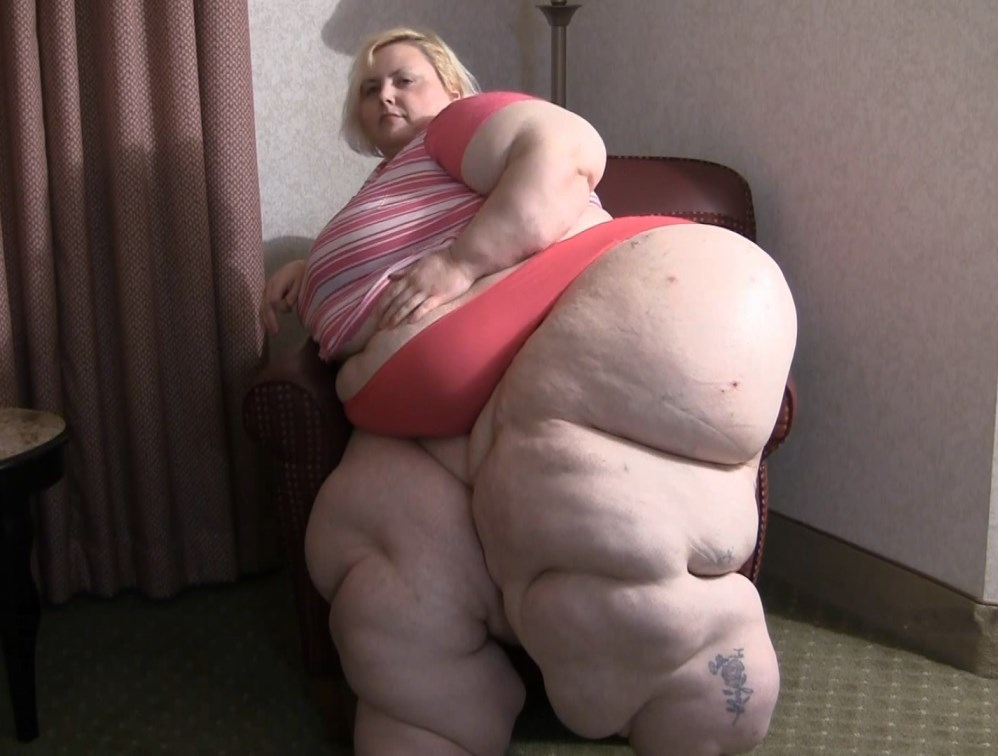 Ssbbw wendy wett and apple bomb 6