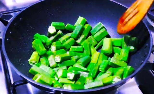 Bhindi do Payza Easy Recipe