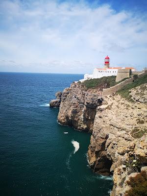 what claire did travel blogger sagres lighthouse algarve