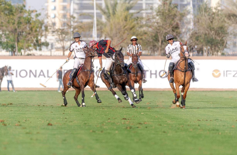 """ميثاء بنت محمد تقود """"فريق الإمارات"""" للفوز بكأس """"تحدي دبي للبولو"""""""