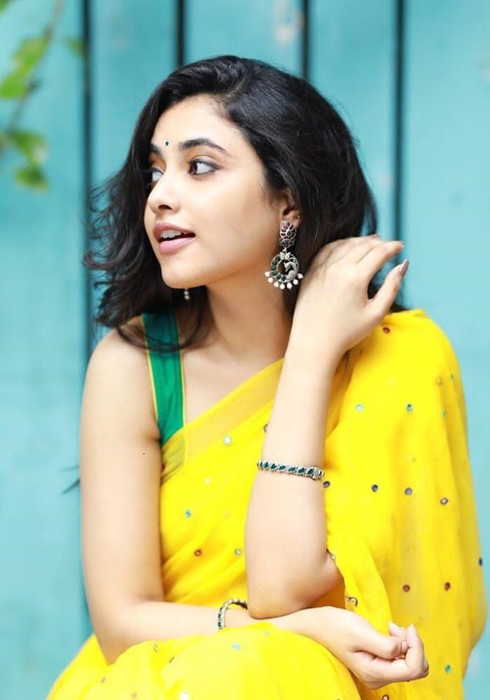 Actress Priyanka Arul Mohan New Stills