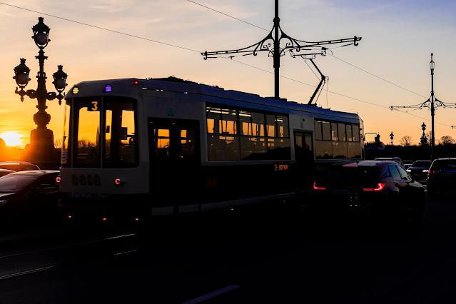 photo Igor Novik streetcar sunset sunset bridge Peter St. Petersburg city