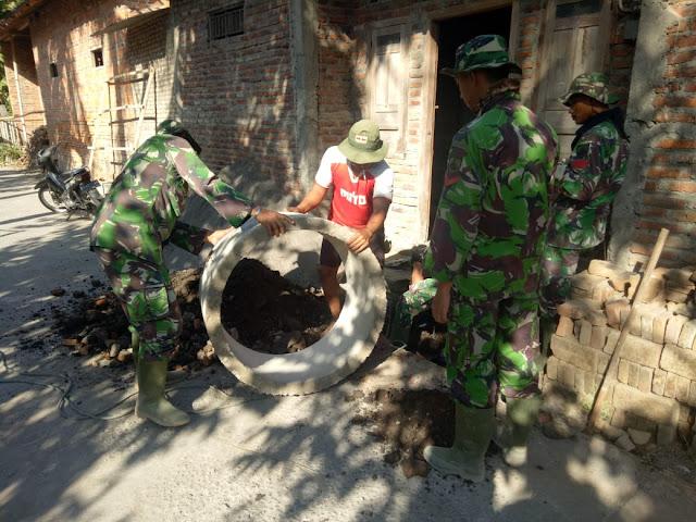 Juwariah Senang Dibuatkan Jamban oleh TNI Kodim Klaten Yang Sedang TMMD