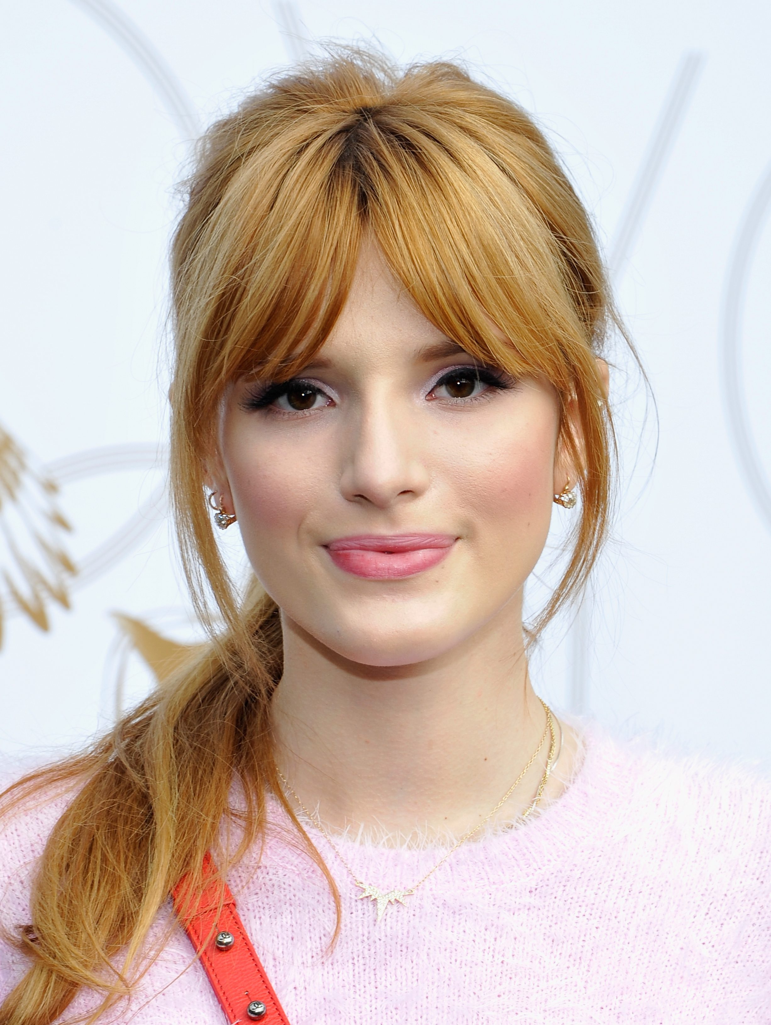 Bella Thorne pictures gallery (129) | Film Actresses