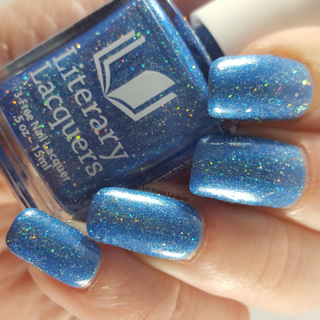Sky-Blue-Scattered-Holographic-nail-polish
