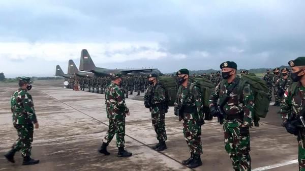 Yonif Para Raider 501 Kostrad Terbang ke Intan Jaya, Bikin Merinding KKB