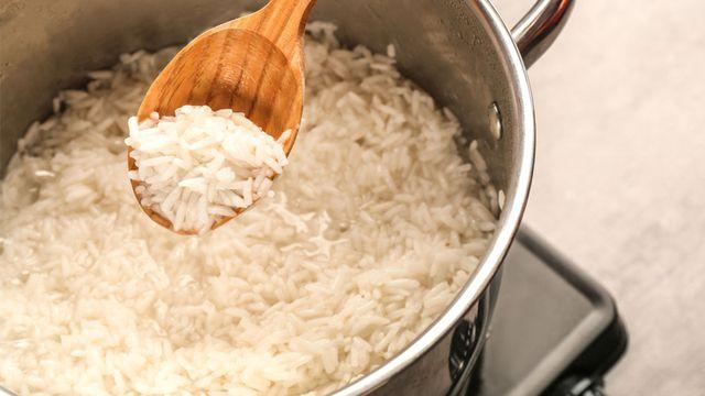 طريقة معالجة الأرز المعجن كي لا تهدريه!
